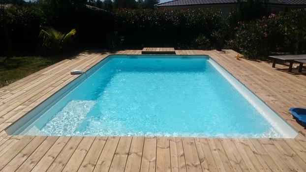 abri piscine taxe fonciere