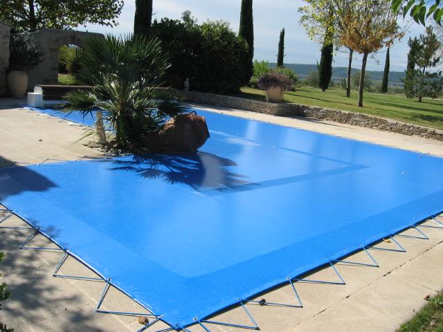 bache piscine 152