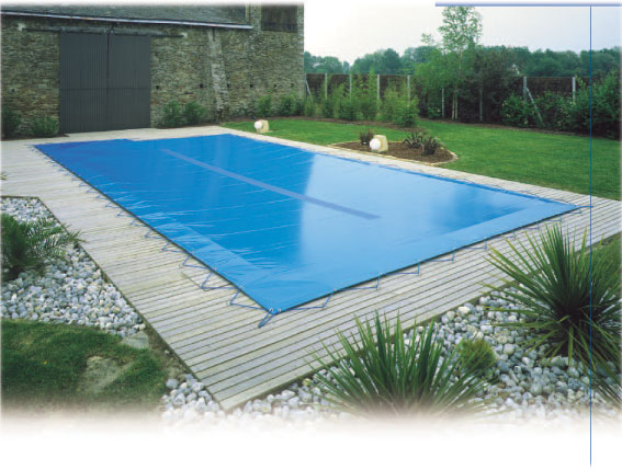 bache piscine hiver