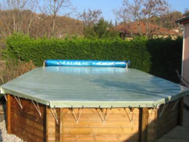 bache piscine hors sol bois octogonale