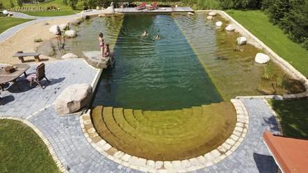 bache piscine naturelle