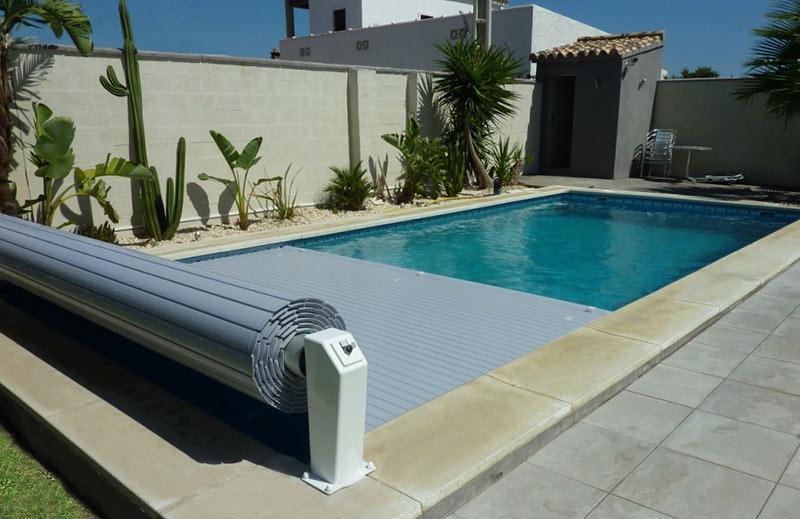 volet piscine 9 x 4