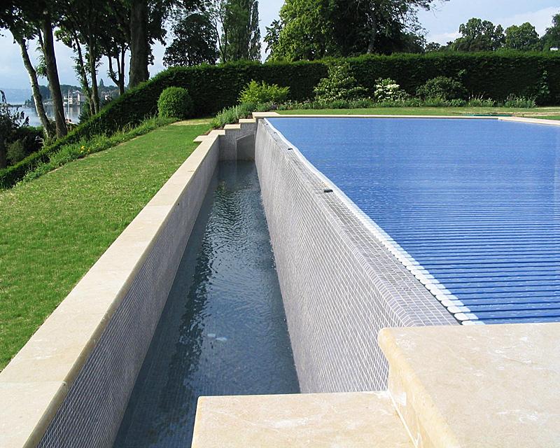 volet piscine debordement
