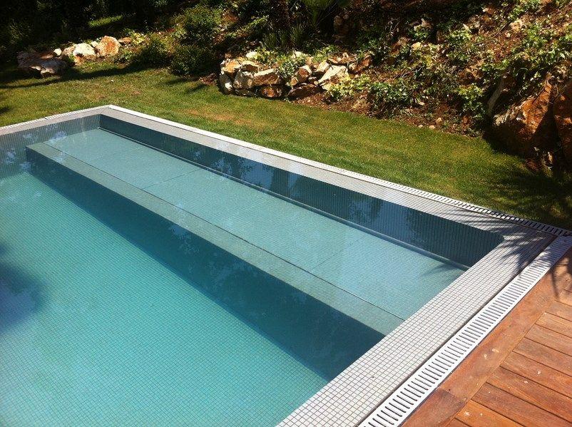 volet piscine escalier