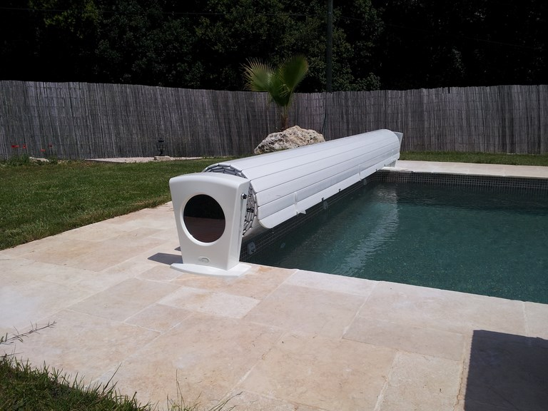 volet piscine hors sol electrique