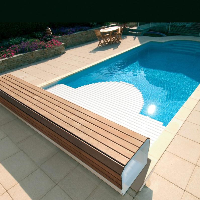 volet piscine immerge ou hors sol