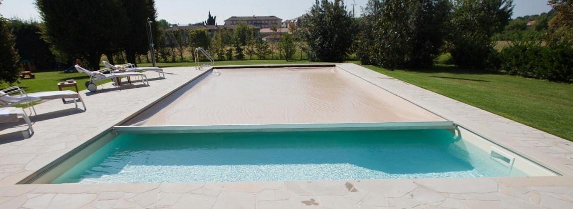 volet piscine invisible
