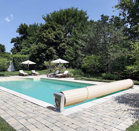 volet piscine moon