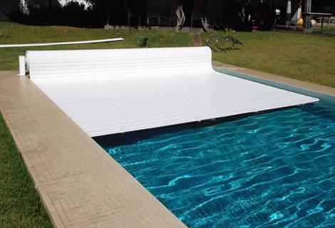 volet piscine nantes